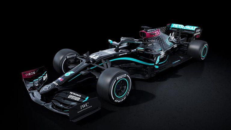 F1: Mercedes vestirá de negro durante esta temporada como protesta vs racismo