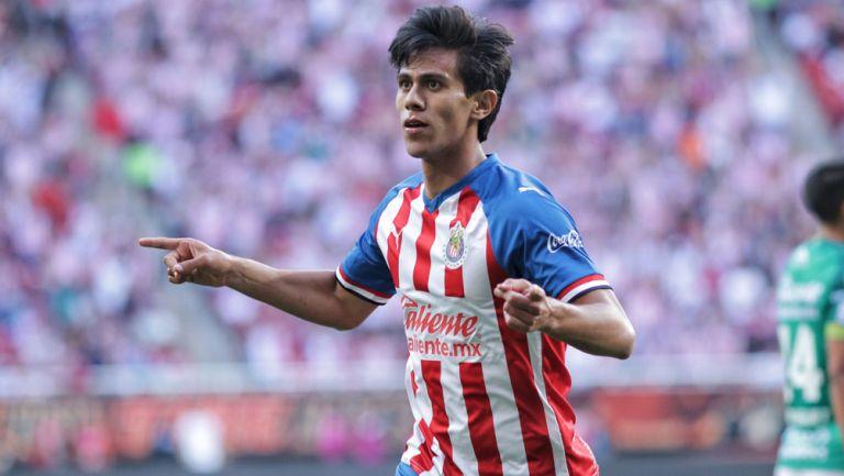 JJ Macías celebra un gol en Liga MX