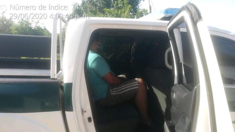 Carlos Higgins entregó a su hijo con la policía