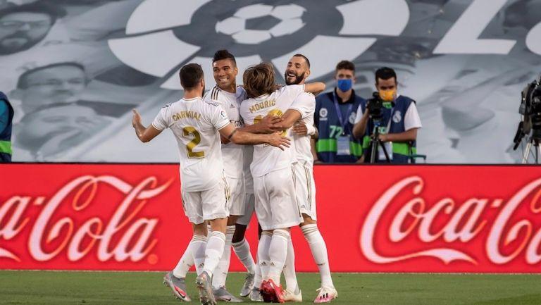 Jugadores del Real Madrid celebran un gol ante Villarreal