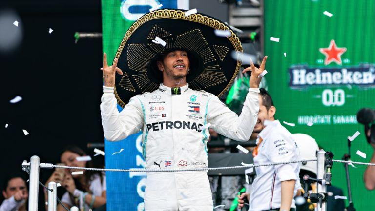 Lewis Hamilton celebra en el GP de México 2019