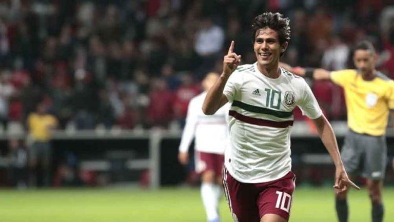 José Juan Macías celebra su gol ante Trinidad y Tobago