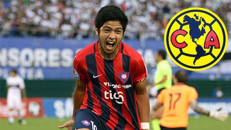 El atacante festeja un gol con Cerro Porteño