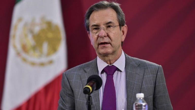 Esteban Moctezuma en conferencia de prensa