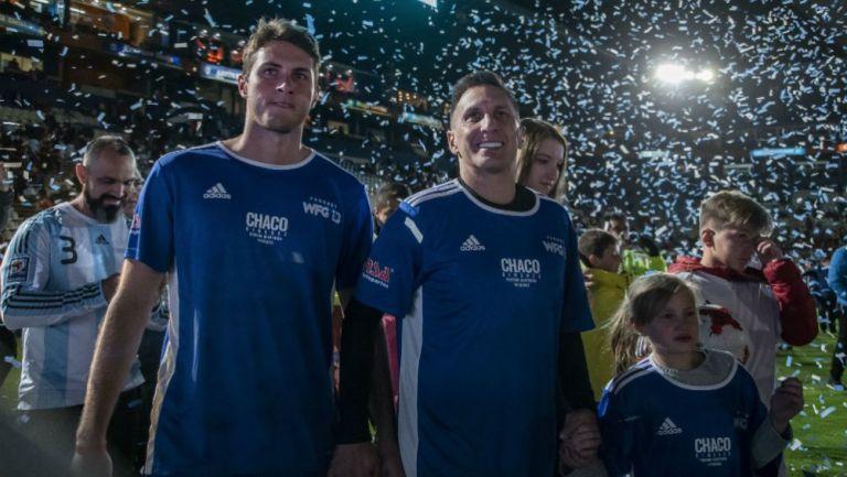 Santiago y Christian Giménez en partido de reconocimiento a Chaco