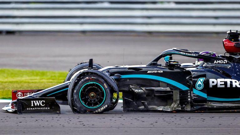 """Lewis Hamilton sobre llanta destrozada en vuelta final: """"Casi se me para el corazón"""""""
