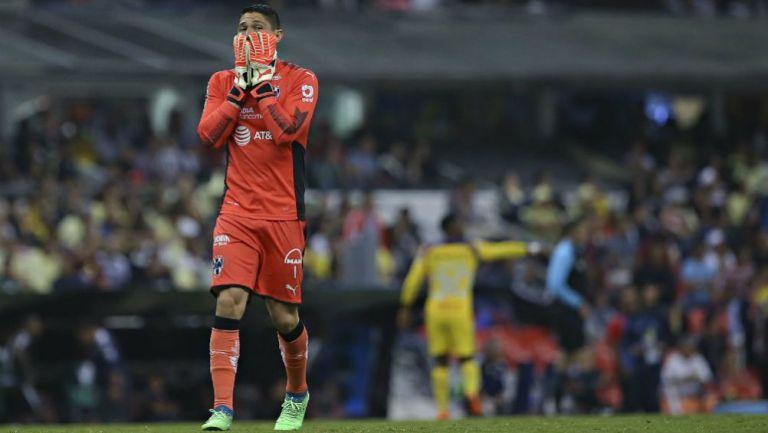 Hugo González en lamento con Rayados