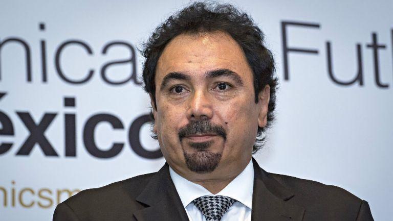 Hugo Sánchez en presentación