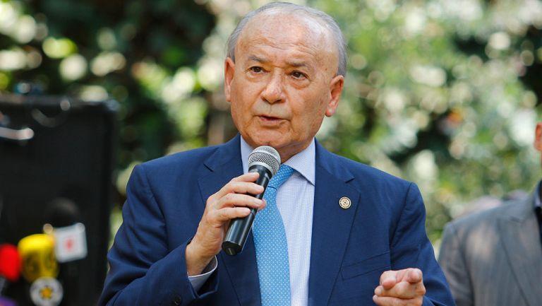 Billy Álvarez, durante un discurso