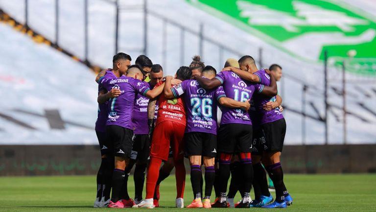 Mazatlán firma histórico primer triunfo en Liga MX frente a Toluca
