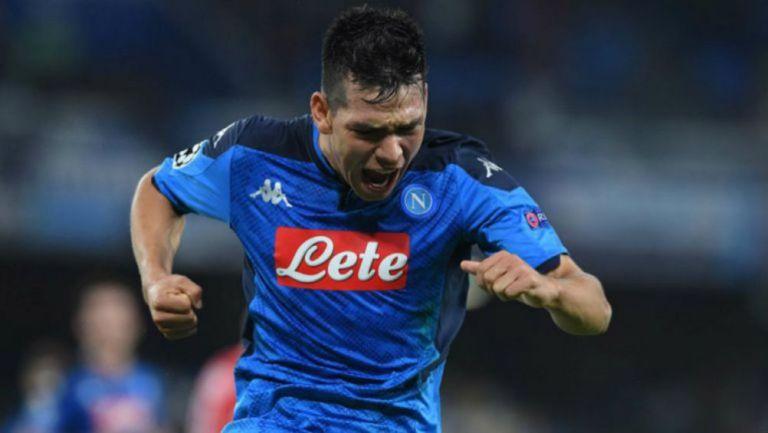 Chucky Lozano festeja un gol con el Napoli en Serie A