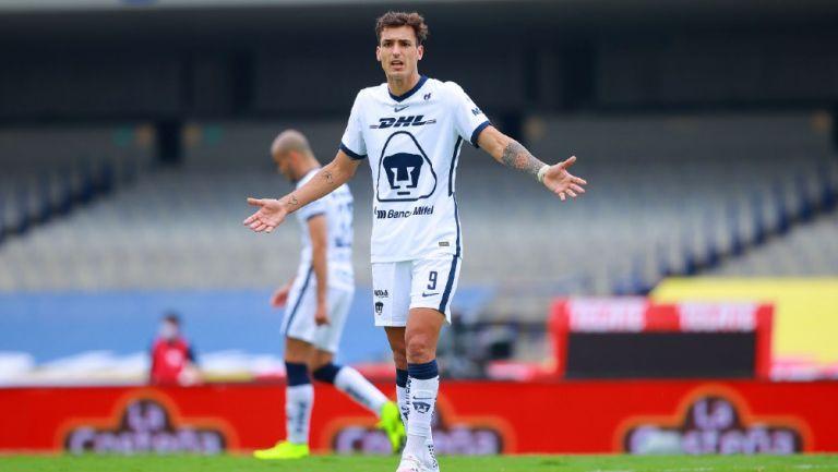 Entrenador de Pumas descarta jugar solo para Juan Dinenno, pero aseguró que es una fortuna contar con él en el equipo