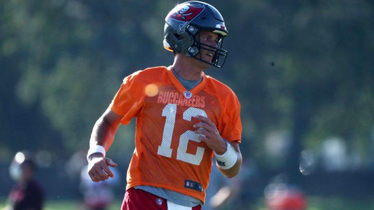 Tom Brady en entrenamiento