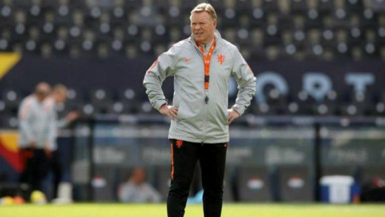Ronald Koeman habría renunciado a la selección de los Países Bajos para llegar a la dirección técnica de Barcelona