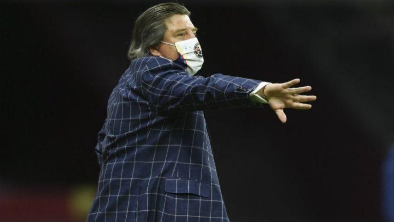 América: Piojo Herrera volvió a criticar al arbitraje tras derrota vs Monterrey