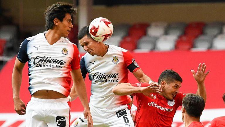 Chivas: Molina aseguró que JJ Macías es el jugador más profesional con el que ha estado