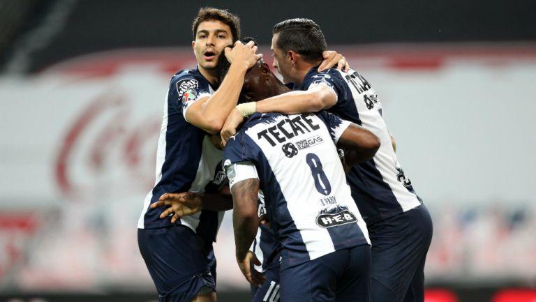 Rayados en festejo de gol