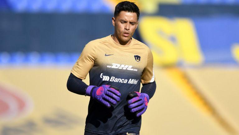 Talavera en partido con Pumas