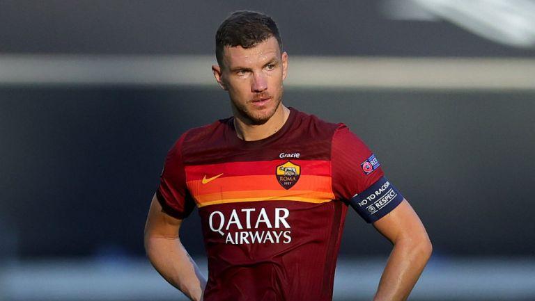 Edin Dzeko jugando con la Roma