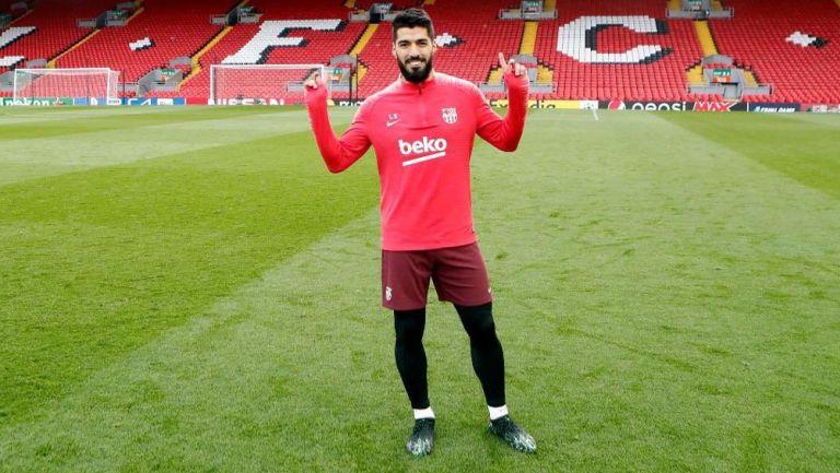 Luis Suárez entrena con el Barcelona previo a un duelo