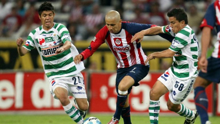 Oribe Peralta ante Aldolfo Bautista