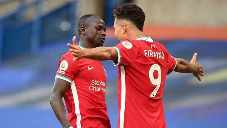 Sadio Mané y Firmino, festejan una anotación