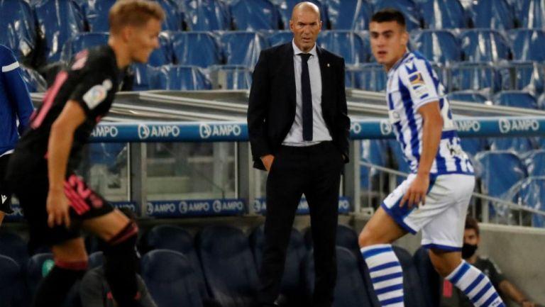 Zidane dirigiendo ante Real Sociedad