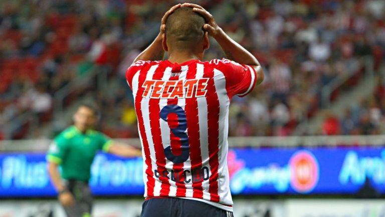 Carlos Salcido en lamento con Chivas