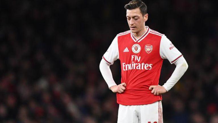 Mesut Özil, en un compromiso con el Arsenal