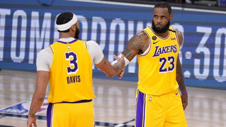 NBA: Lakers derrotó a los Nuggets y se puso a un juego de la Final