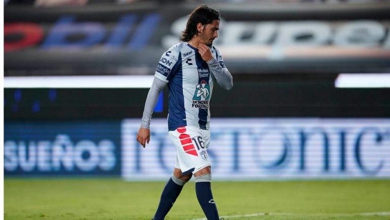 Burrito Hernández durante un partido con Pachuca