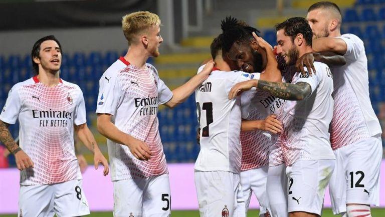 Milan venció al Crotone en la Jornada 2 de la Serie