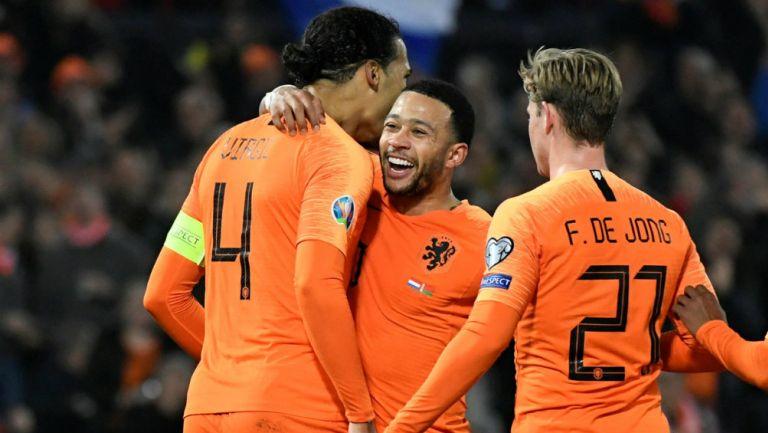 Selección de Holanda en festejo