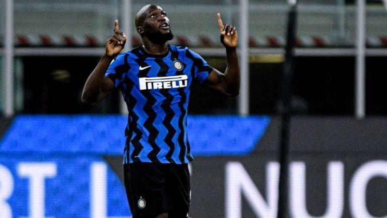 Romelu Lukaku festeja una anotación con el Inter de Milan