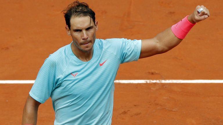 Rafael Nadal se equivocó al hablar en francés en conferencia de Roland Garros