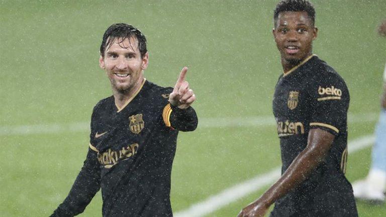 Messi celebra una anotación con Barcelona