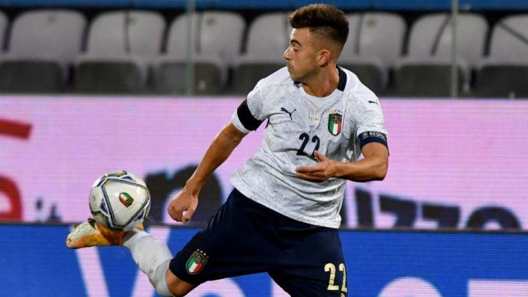 Stephan El Shaarawy en acción con Italia