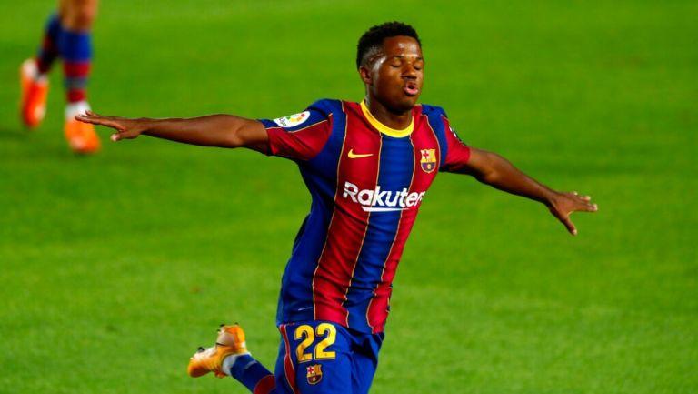 Ansu Fati celebrando un gol con el Barcelona