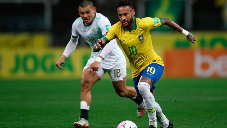 Neymar durante el duelo de Eliminatoria ante Bolivia