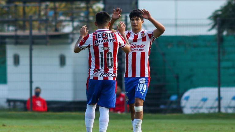 López y Díaz celebran gol con Chivas Sub 20