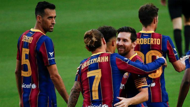 Jugadores de Barcelona en festejo de gol