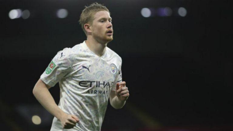 De Bruyne en partido con Manchester City