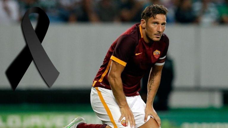 Francesco Totti en partido con la Roma