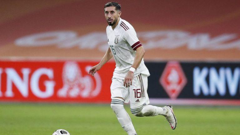 Héctor Herrera en acción ante Holanda
