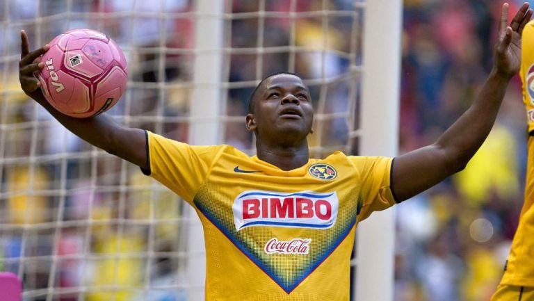Narciso Mina como jugador del América