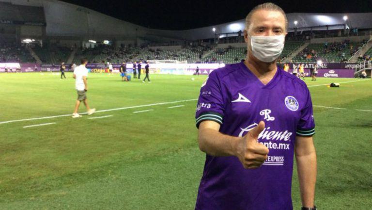 Mazatlán FC: Gobernador de Sinaloa violó el protocolo de sanidad en el juego ante Juárez FC
