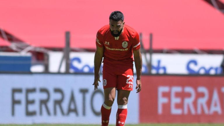 Alexis Canelo durante un partido con Toluca