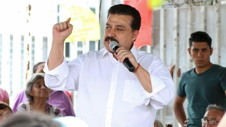 Carlos Lomelí durante un evento en Jalisco