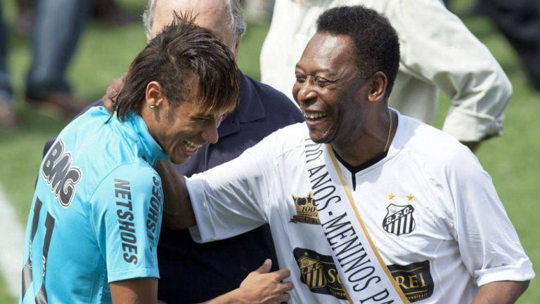 Pele: Neymar y O Rei intercambiaron elogios en el cumpleaños del tricampeón del mundo