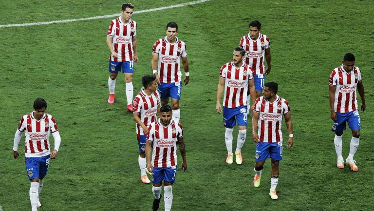 Chivas: Confirmó cuatro casos positivos por Covid-19 previo al duelo vs Cruz Azul